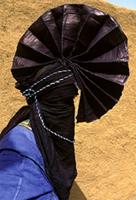 Tuareg from Agadez west group wearing indigo clothing for Bianou festival, Niger