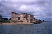 Kilwa Kisiwani: Gereza and shore from West