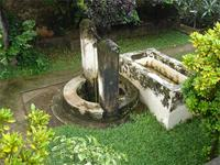Photograph of the well in front of the Swahili House Museum, Lamu Town, Kenya