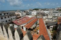 A piece of merlon and a view from the roof of the Lamu Market