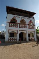 Stereoscopic photograph building in Lamu: Kipepeo Guest House, Kenya