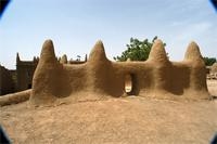 Image of the tomb A of the Great Mosque in Djenne, Mali