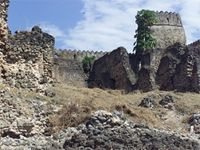 Stereoscopic photograph of the south west corner of the Gereza in Kilwa Kisiwani, Tanzania